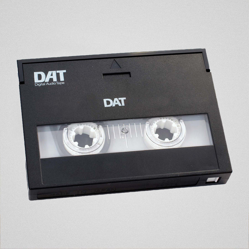 Presnemavanje DAT (Digital Audio Tape) kaseta